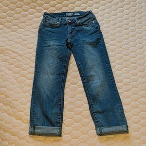 DENIZEN from Levi's Modern Slim Cuffed Jeans